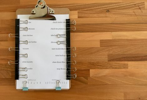 Use binder clips to make a reusable, pen-free checklist